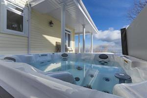chalet a louer | ALT-145 avec piscine et spa
