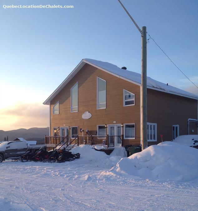 chalet à louer Saguenay-Lac-St-Jean, Saint-David-De-Falardeau (pic-1)