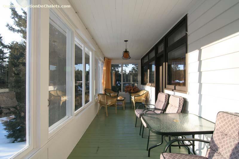 chalet louer laurentides mont tremblant chalet van horne id 2292. Black Bedroom Furniture Sets. Home Design Ideas