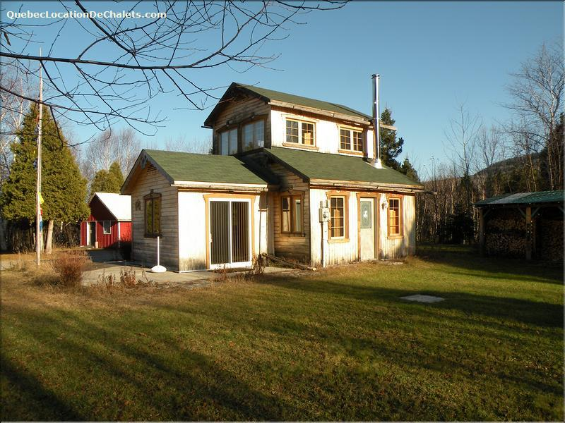 chalet à louer Saguenay-Lac-St-Jean, L'Anse-Saint-Jean (pic-2)