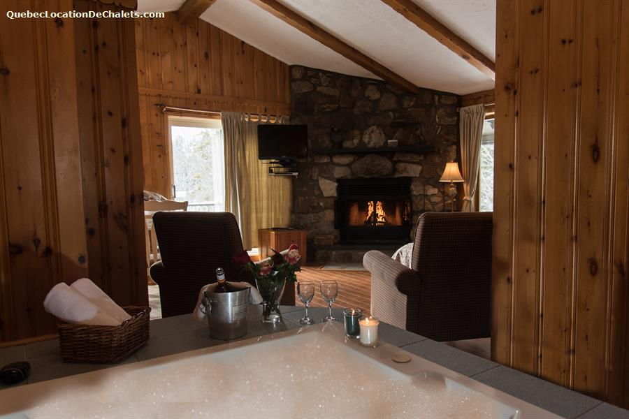 cottage rental qu 233 bec laurentides val david chalets chanteclair deluxe studio chalet id 3341