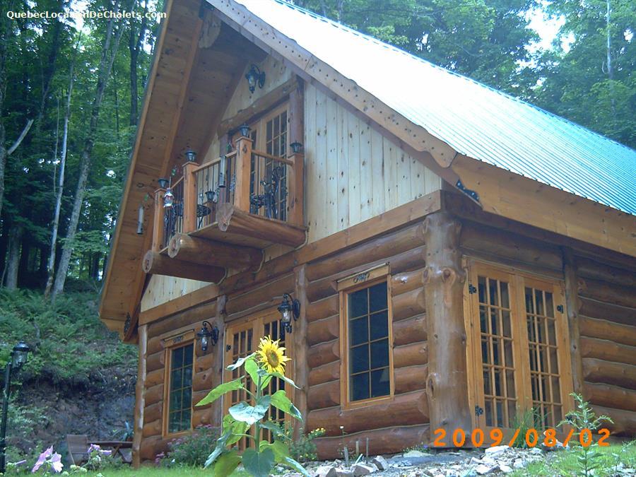 Chalet louer laurentides grenville sur la rouge for Camp en bois rond