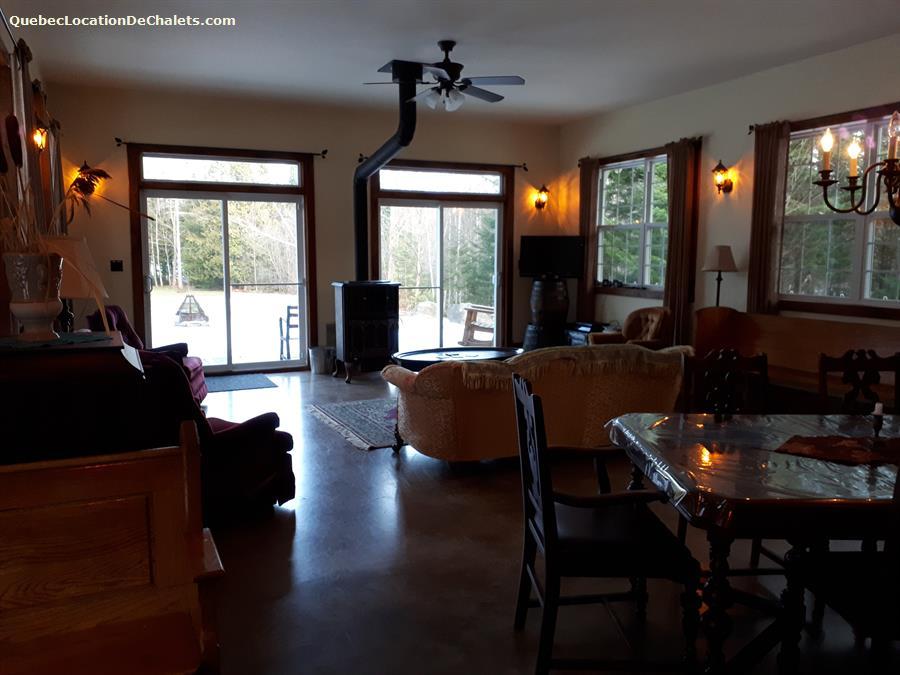cottage rental Estrie/Cantons-de-l'est, Saint-Étienne-de-Bolton (pic-13)