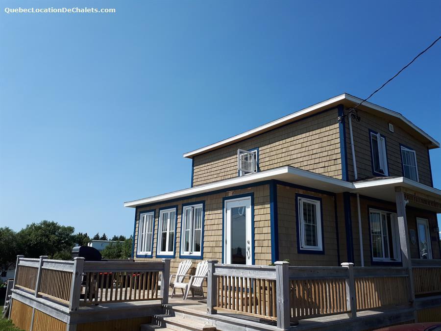 cottage rental Îles-de-la-Madeleine, L'Étang-du-Nord (pic-2)
