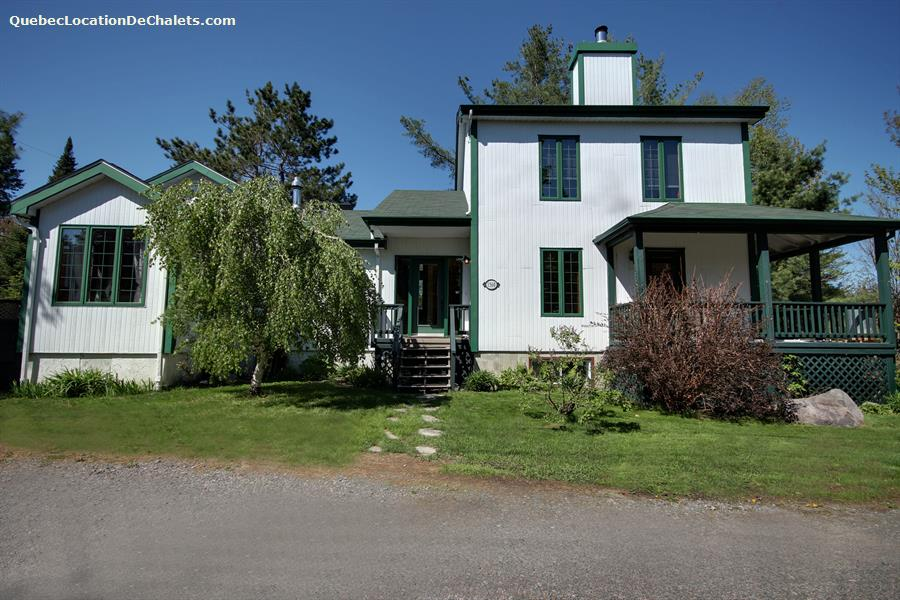 cottage rentals in saint adolphe d howard vacation
