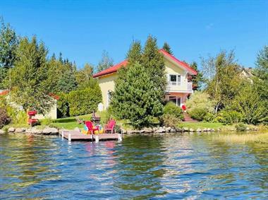 waterfront cottage rentals Saint-Tite-des-Caps, Charlevoix