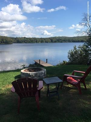 waterfront cottage rentals Mont-Laurier, Laurentides