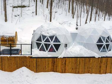 Cottage rental | Bel Air, Japanese restaurant, bistro, lake, kayak, zipline