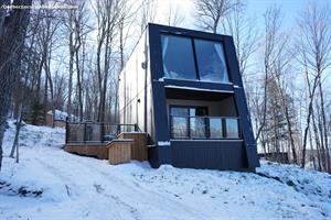 Cottage rental | Bel Air, spa, restaurants, lake access, kayak, paddle, buggy