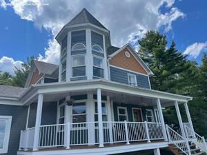 Cottage rental | Chalet: Maison Au Sommet du Lac Magog