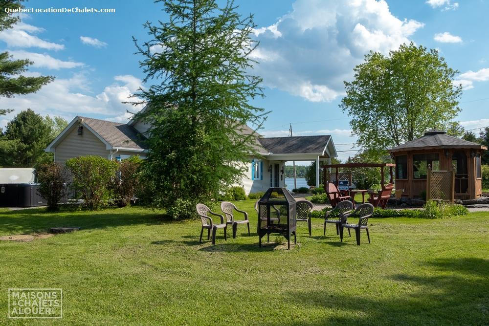 cottage rental Estrie/Cantons-de-l'est, Saint-Claude (pic-1)