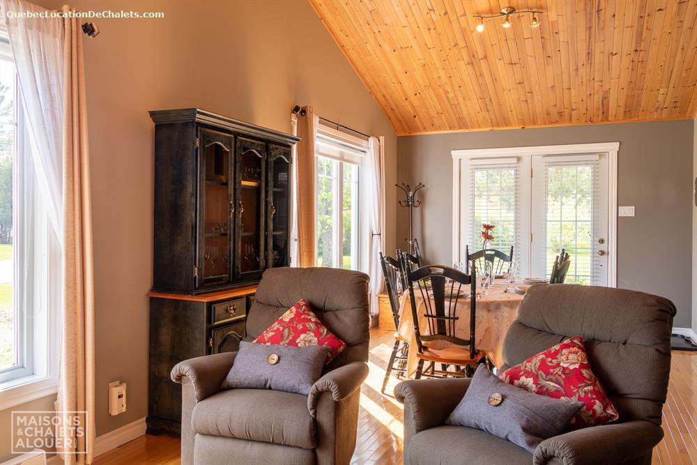 cottage rental Estrie/Cantons-de-l'est, Saint-Claude (pic-11)