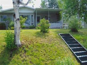 waterfront cottage rentals Saint-Honoré-de-Chicoutimi, Saguenay-Lac-St-Jean