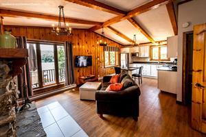 waterfront cottage rentals Sainte-Agathe-des-Monts, Laurentides