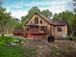 Cottage rental | Cottage REV-223 with hot tub