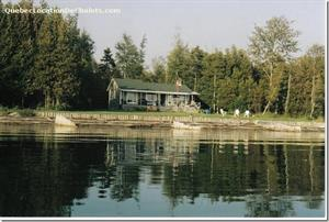 waterfront cottage rentals Bonaventure, Gaspésie