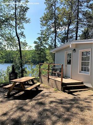 waterfront cottage rentals Grand-Remous, Outaouais