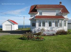 chalets à louer bord de l'eau Sainte-Thérèse-de-Gaspé, Gaspésie