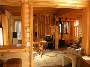 chalets en bois rond L'Anse-Saint-Jean, Saguenay-Lac-St-Jean