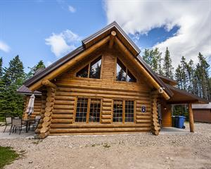 cottage rentals with last minute deals Saint-Tite-des-Caps, Charlevoix