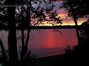chalets à louer bord de l'eau Lac-Mégantic, Estrie/Cantons-de-l'est
