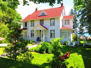 cottage rentals with last minute deals La Malbaie- Pointe au Pic, Charlevoix