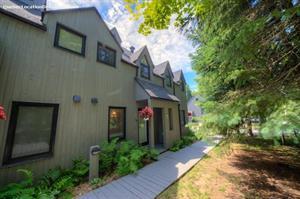 cottage rentals Saint-Sauveur, Laurentides