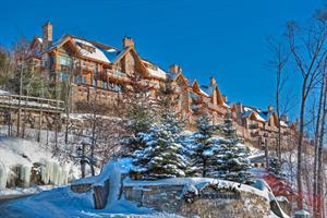Cottage rental | Deluxe Resort condo 3brs Ski-in/out