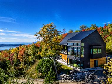 cottage rentals with last minute deals Les Éboulements , Charlevoix