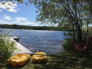 chalets à louer bord de l'eau Saint-Félix-D'Otis, Saguenay-Lac-St-Jean