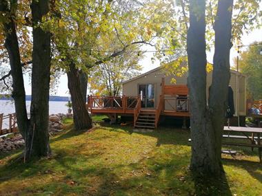 chalets à louer bord de l'eau Luskville, Outaouais