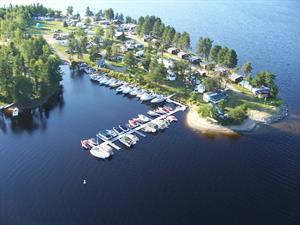 waterfront cottage rentals Montcerf-Lytton, Outaouais