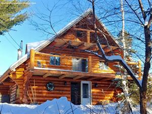 Cottage rental | Caribou log cabin