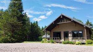 waterfront cottage rentals Saint-Léonard-de-Portneuf, Québec