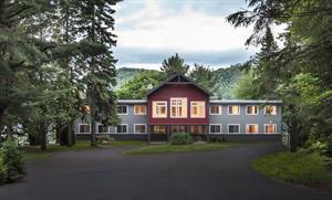 ski vacation rentals Val-Morin, Laurentides