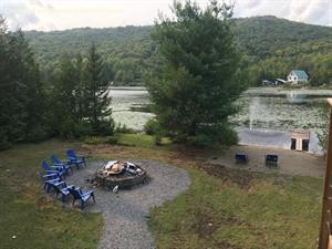 Cottage rental | (221346) Lakefront on Lake Masson