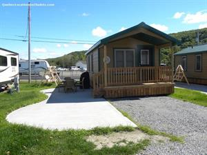 ski cottage rentals at the base of a mountain Saint-Mathieu-de-Rioux, Bas Saint-Laurent