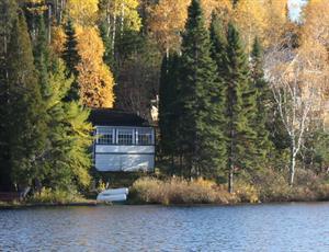 chalets à louer bord de l'eau La Baie, Saguenay-Lac-St-Jean
