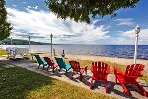 chalets à louer bord de l'eau Chambord, Saguenay-Lac-St-Jean