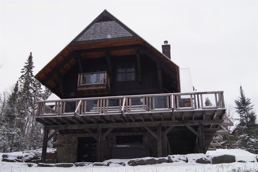 Chalet A Louer Laurentides Lac Superieur Woodsy Cabin Mont