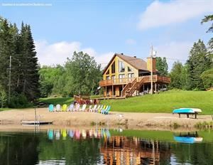 waterfront cottage rentals Wentworth-Nord, Laurentides