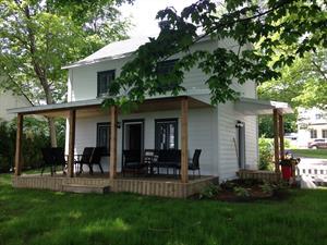 cottage rentals Saint Laurent de L'Ile d'Orléans, Québec
