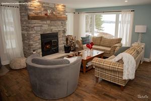 waterfront cottage rentals Lac des Plages, Outaouais