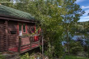 waterfront cottage rentals Saint-Denis-de-Brompton, Estrie/Cantons-de-l'est