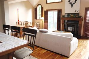 Cottage rental | Mont-Tremblant Central. Sauna&wood stove
