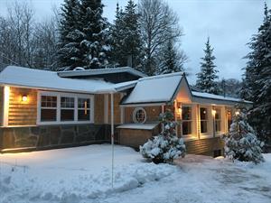 ski vacation rentals Sainte-Anne-des-Lacs, Laurentides